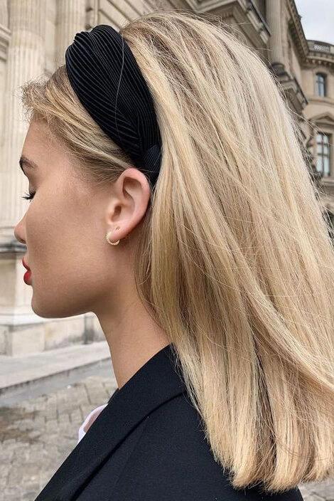 зачіска обруч